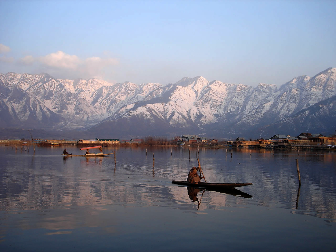 Srinagar Tour,Tour Packages Kashmir,Tours Kashmir,kashmir Tour,Srinagar Package Tour,Srinagar Travel,kashmir Trip